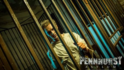 caged-lunatic-pennhurst2